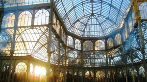 dento-del-palacio-cristal-parque-retiro-madrid